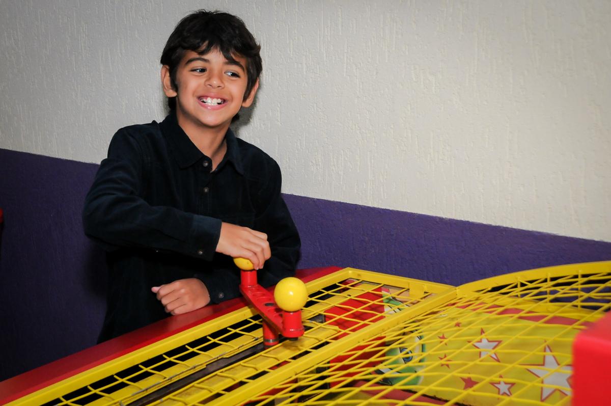 jogo no play boll no Buffet Seven For Seven, Granja Viana, São Paulo, SP, aniversário de Davi 5 anos, tema da festa Power Ranjer