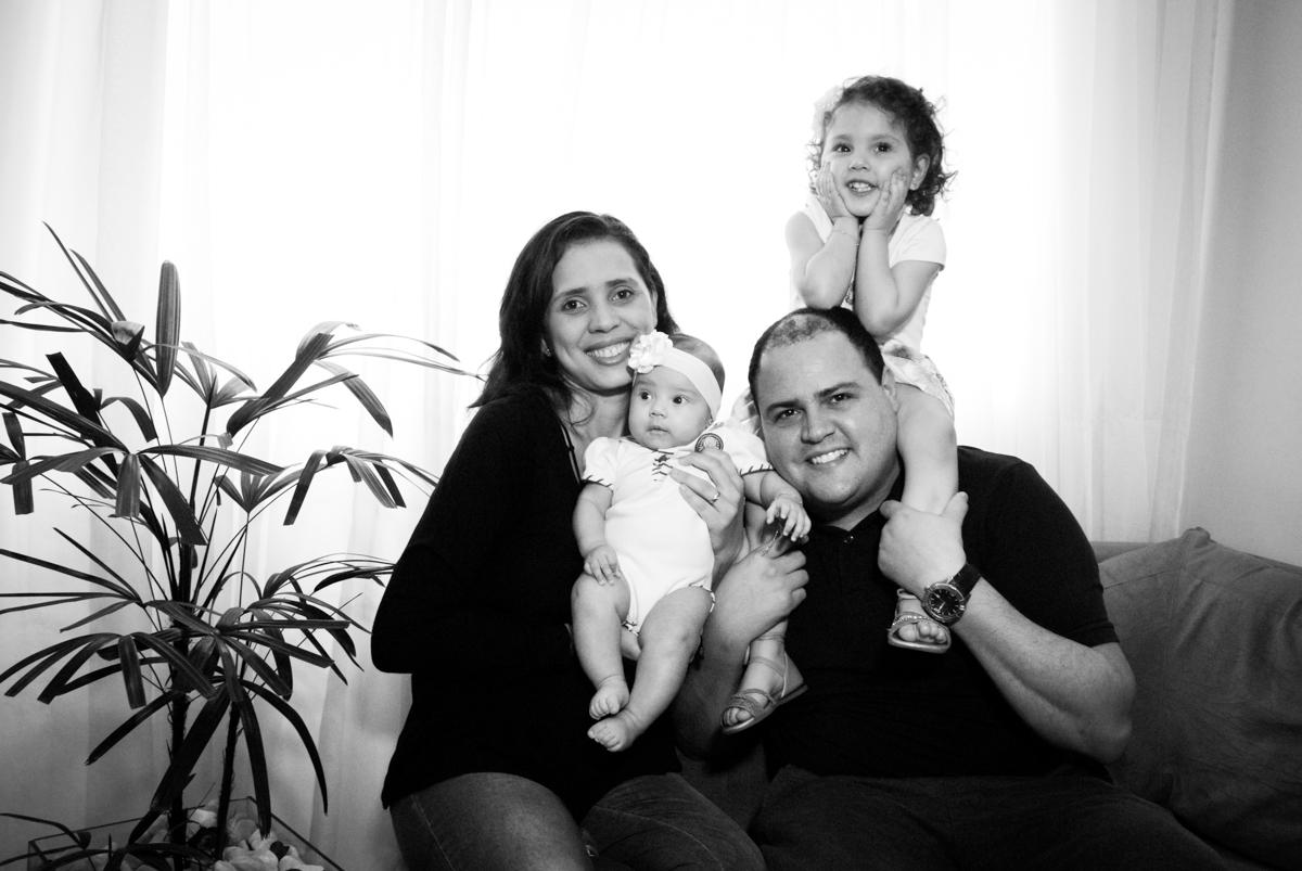 fotografia da familia no ensaio familia carapicuiba, são paulo, sp