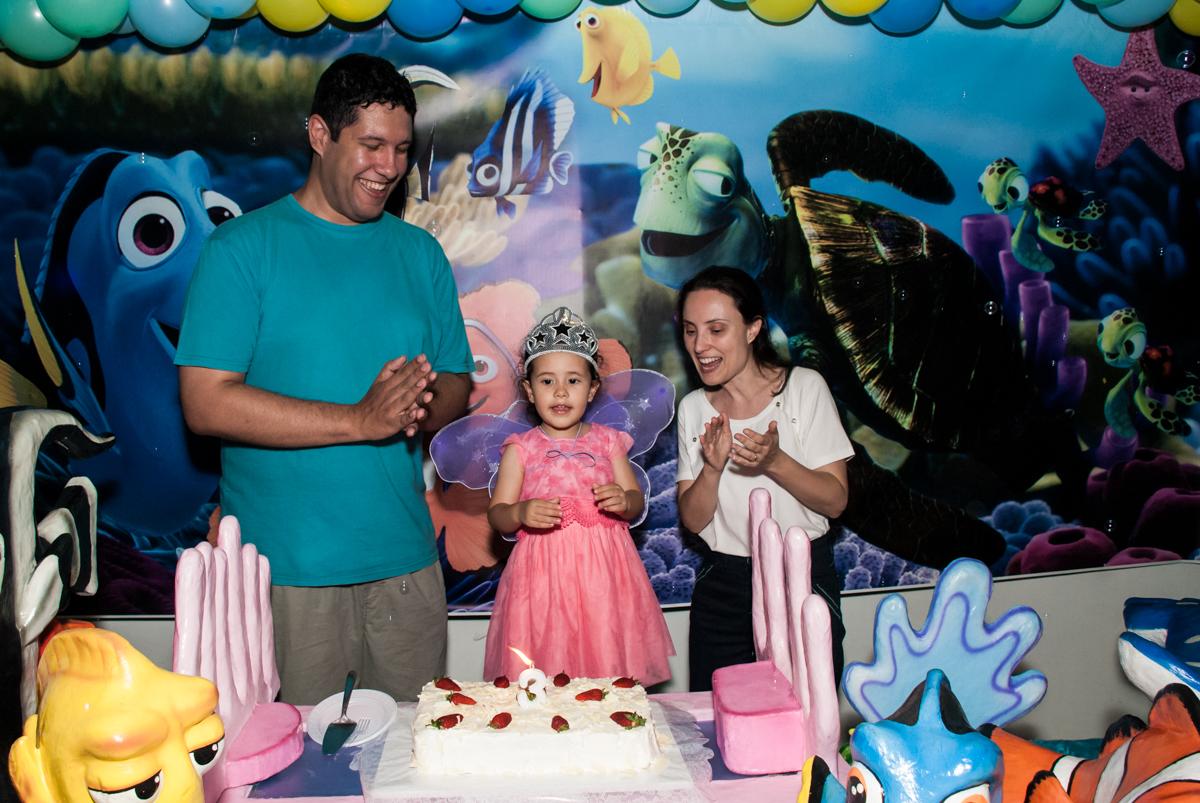 parabéns animado no Buffet Magic Joy, saude, são Paulo, aniversário de Catarina 3 anos, tema da festa fundo do mar