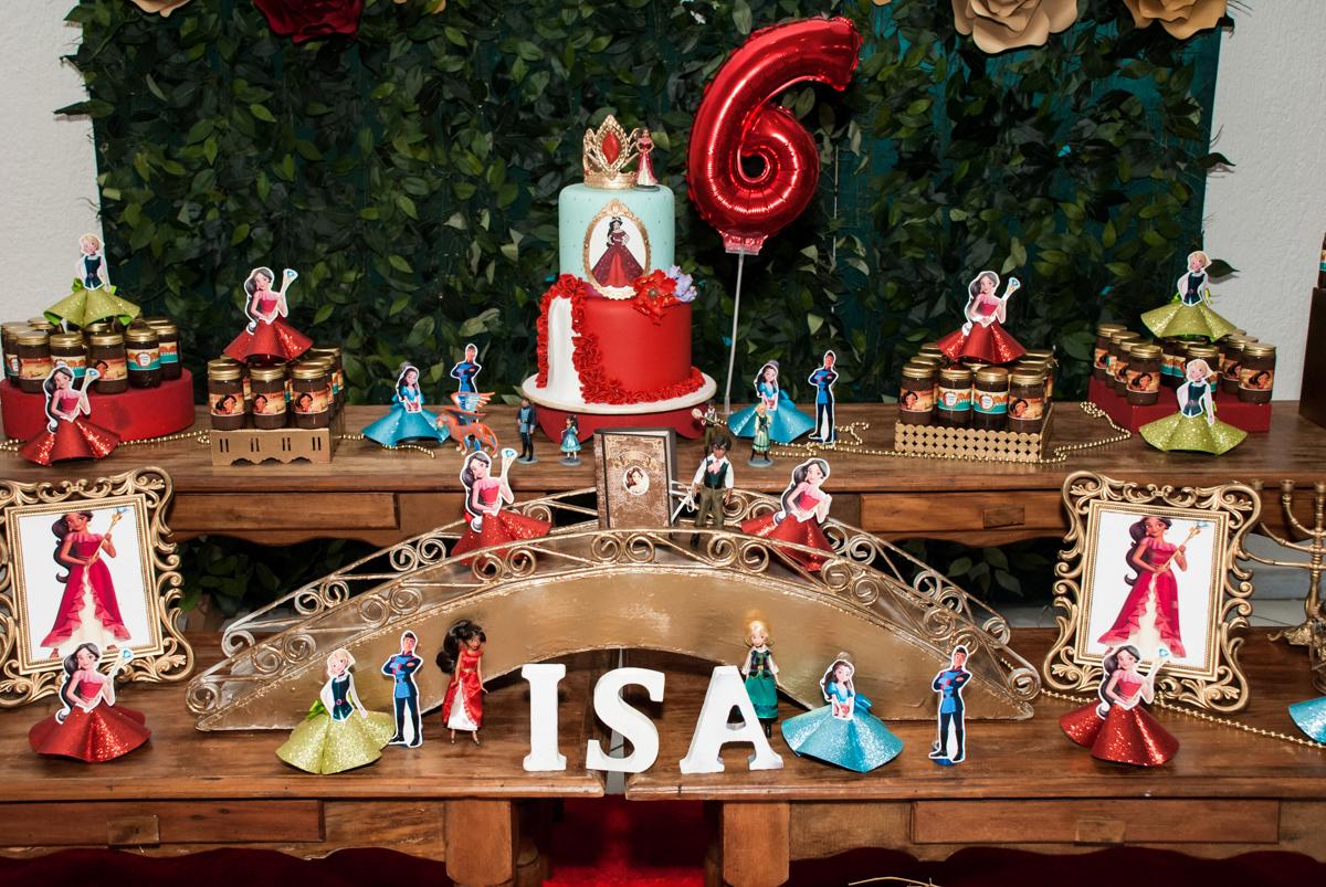 mesa temática no Buffet Fábrica da Alegria, Morumbi, São Paulo, aniversário de Isabela 6 anos, tema da festa Elena de Avalor