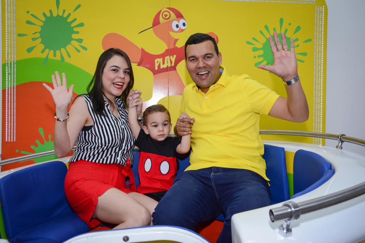 brincando no labamba no Buffet Espaço Play, Osasco, São Paulo, aniversário Levi 2 anos, tema da festa Mickey