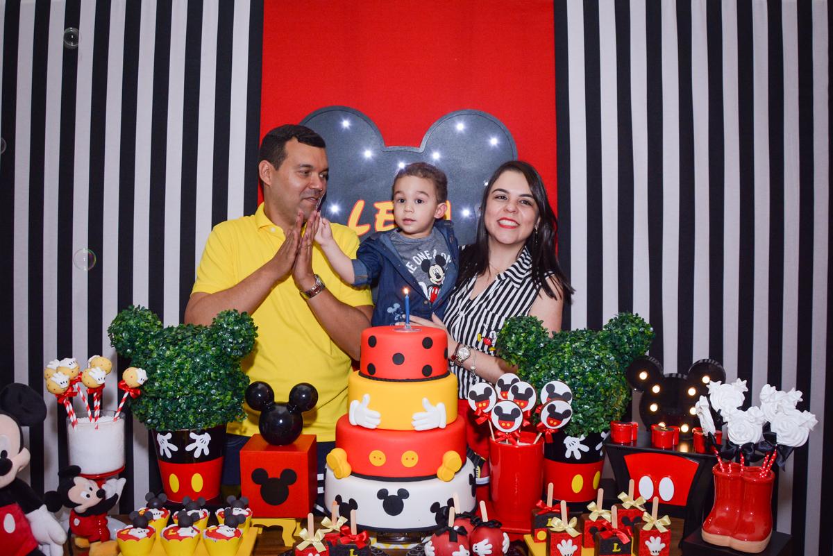 cantando parabéns pra vocé no Buffet Espaço Play, Osasco, São Paulo, aniversário Levi 2 anos, tema da festa Mickey