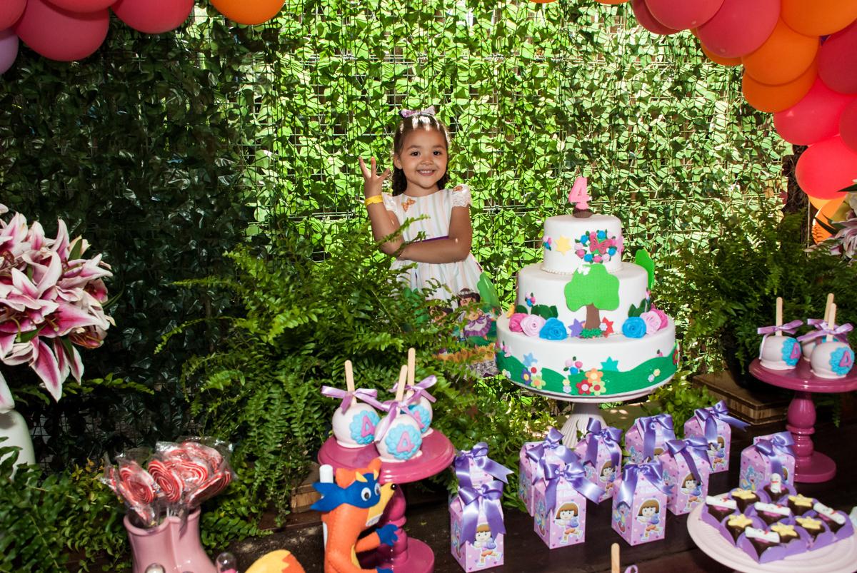 Final da festa no Buffet Pet Zoo, Cotia, São Paulo, aniversário de Maria Clara 4 anos, Buffet Pet Zoo, Cotia, São Paulo, tema da festa Dora a Aventureira