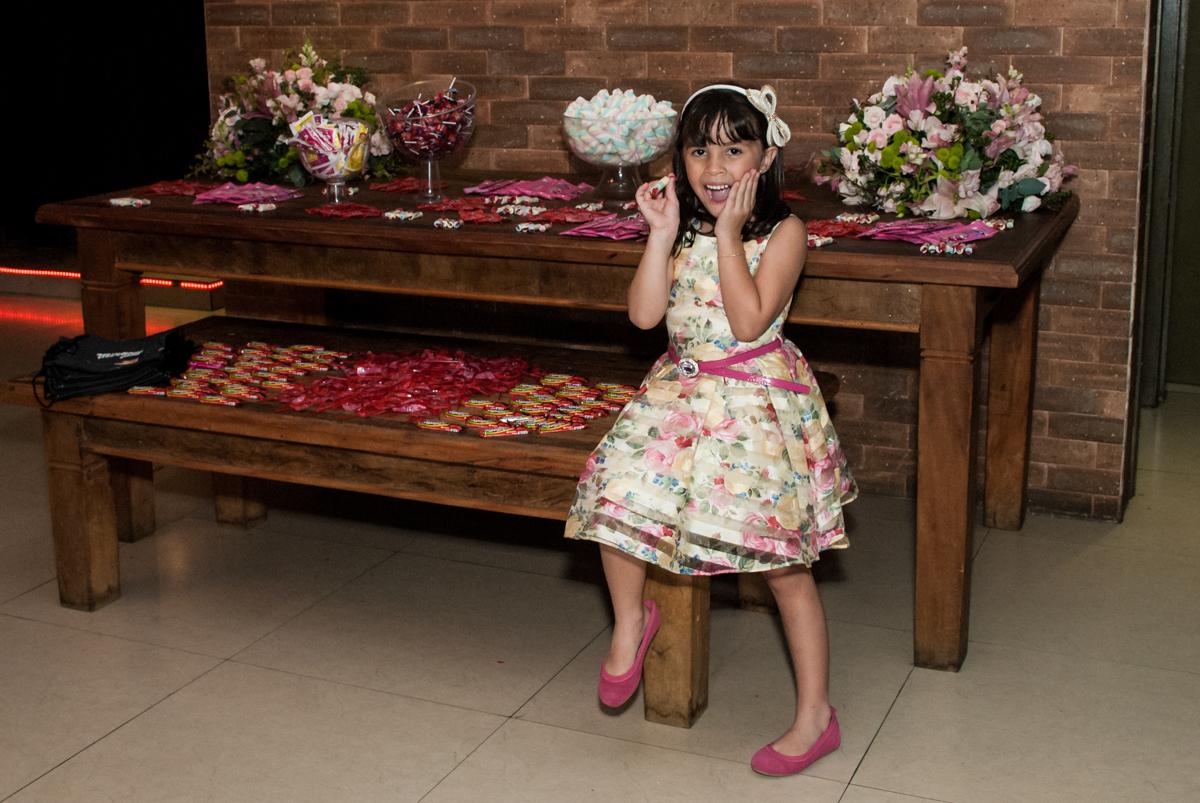 doida pelos doces no Buffet Planeta Prime, São Paulo, aniversário de Malu 5 anos, tema da festa Miráculos