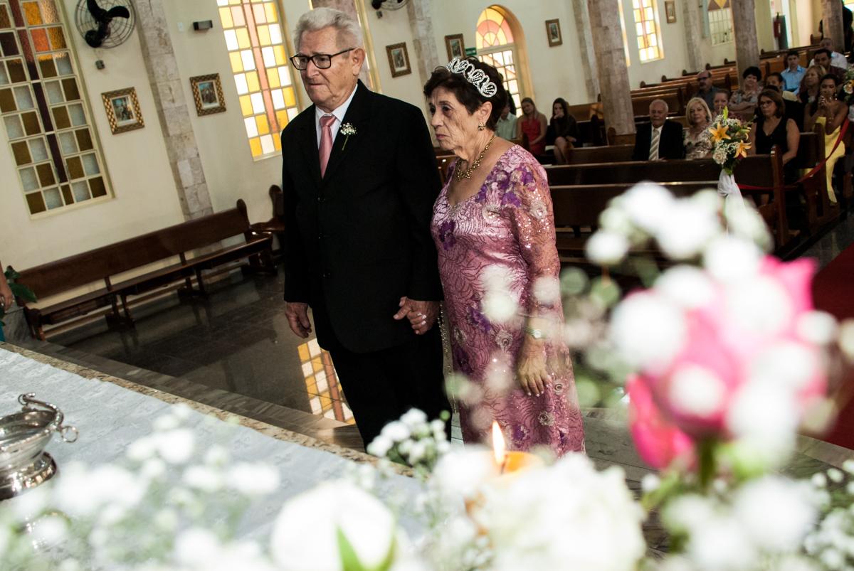 celebração do casamento no Bodas de Ouro Maria Luiza e José Rodrigues, igreja Santa Ângela e São Serapio, Ipiranga
