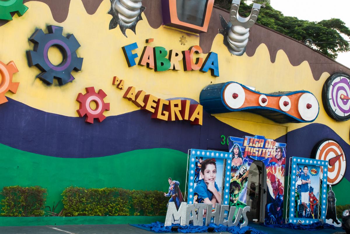 Buffet Fábrica da Alegria, Osasco, São Paulo, aniversário de Matheus 9 anos tema da festa Super Heróis