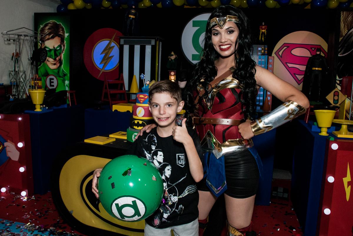 final da festa no Buffet Fábrica da Alegria, Osasco, São Paulo, aniversário de Matheus 9 anos tema da festa Super Heróis
