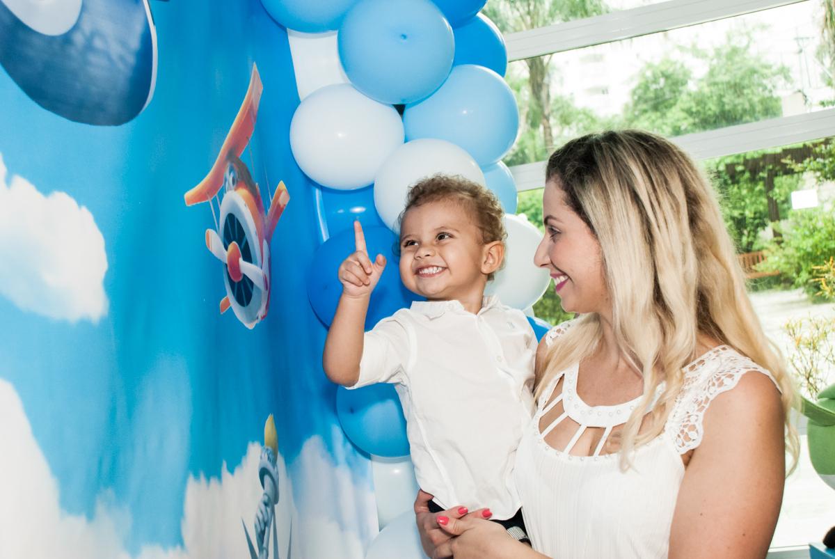 muita alegria na festa no Condominio, Morumbi, São Paulo, tema da festa super wings