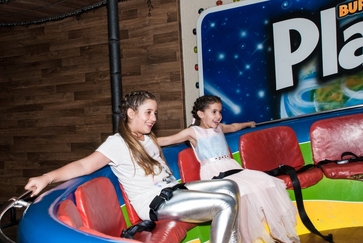 labamba muito legal no Buffet Planeta Kids, niversario Larissa 3 anos, tema da festa Branca de Neve