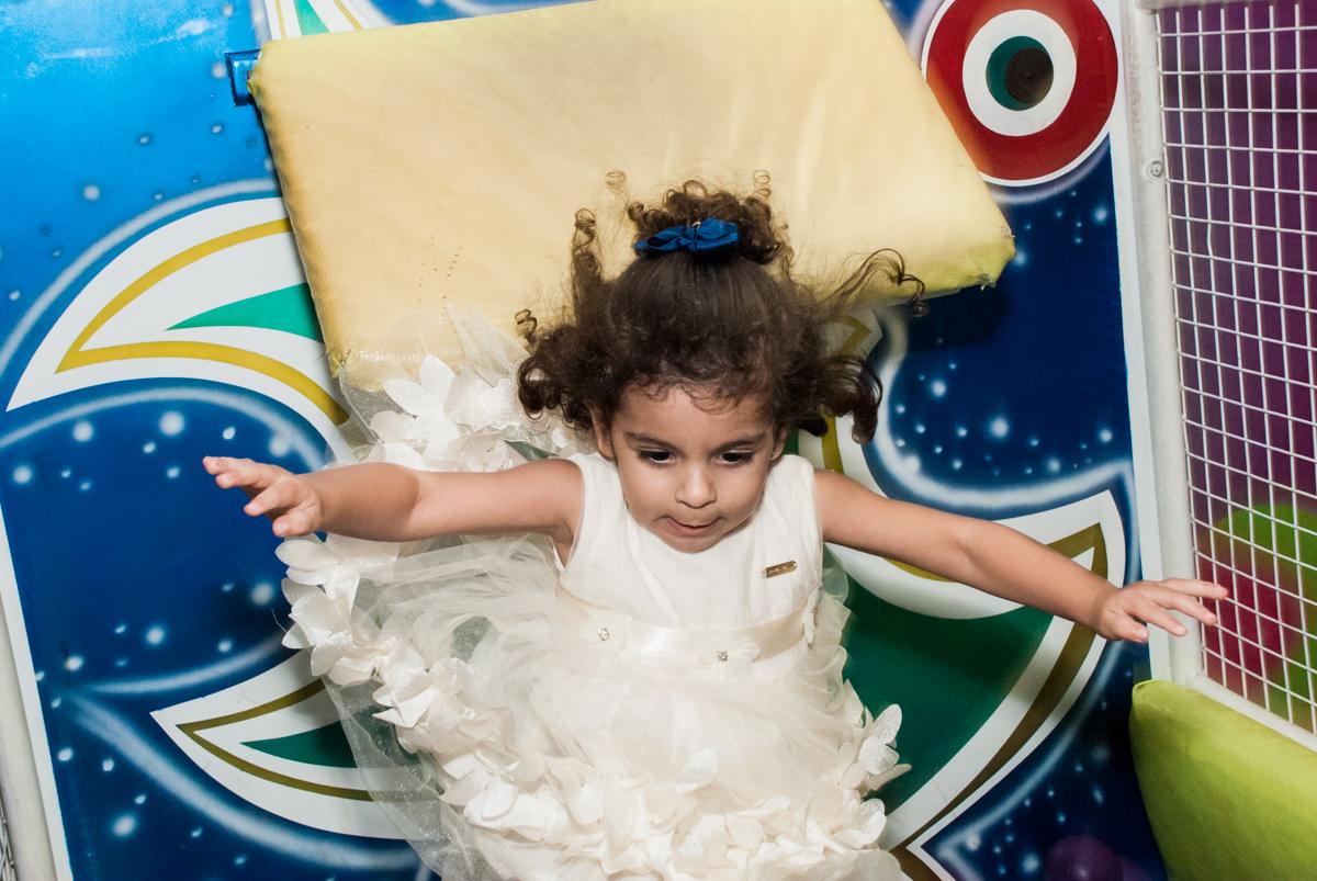 caindo so tombo legal no Buffet Planeta Kids, niversario Larissa 3 anos, tema da festa Branca de Neve
