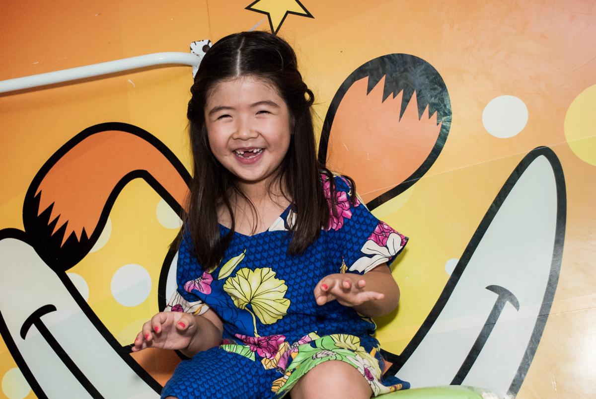 sorrisos divertidos das crianças no Buffet Boomerang, Cidade Jardim, São Paulo, aniversario de Lucas 6 anos, tema da festa, lego