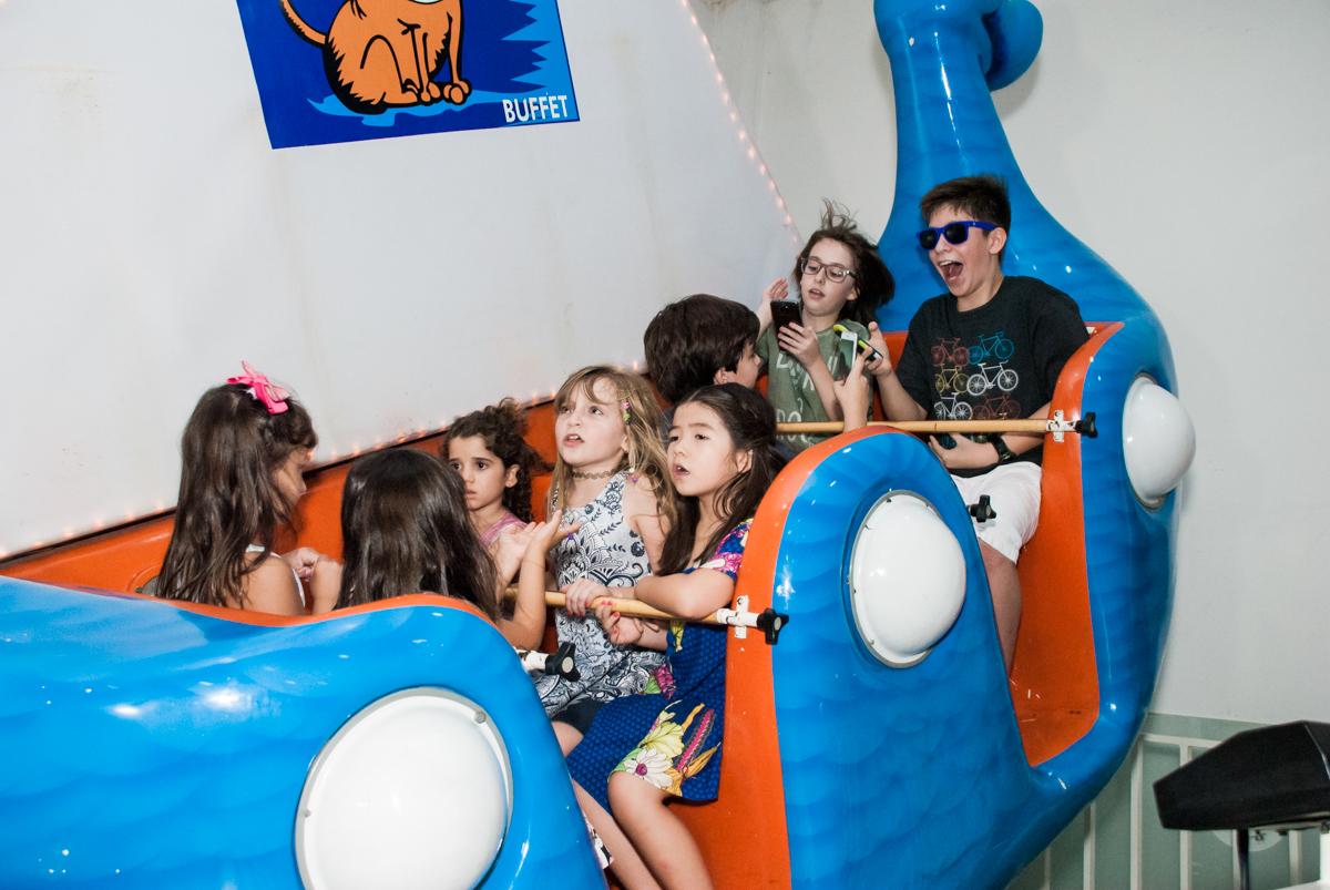 barco vick no Buffet Boomerang, Cidade Jardim, São Paulo, aniversario de Lucas 6 anos, tema da festa, lego