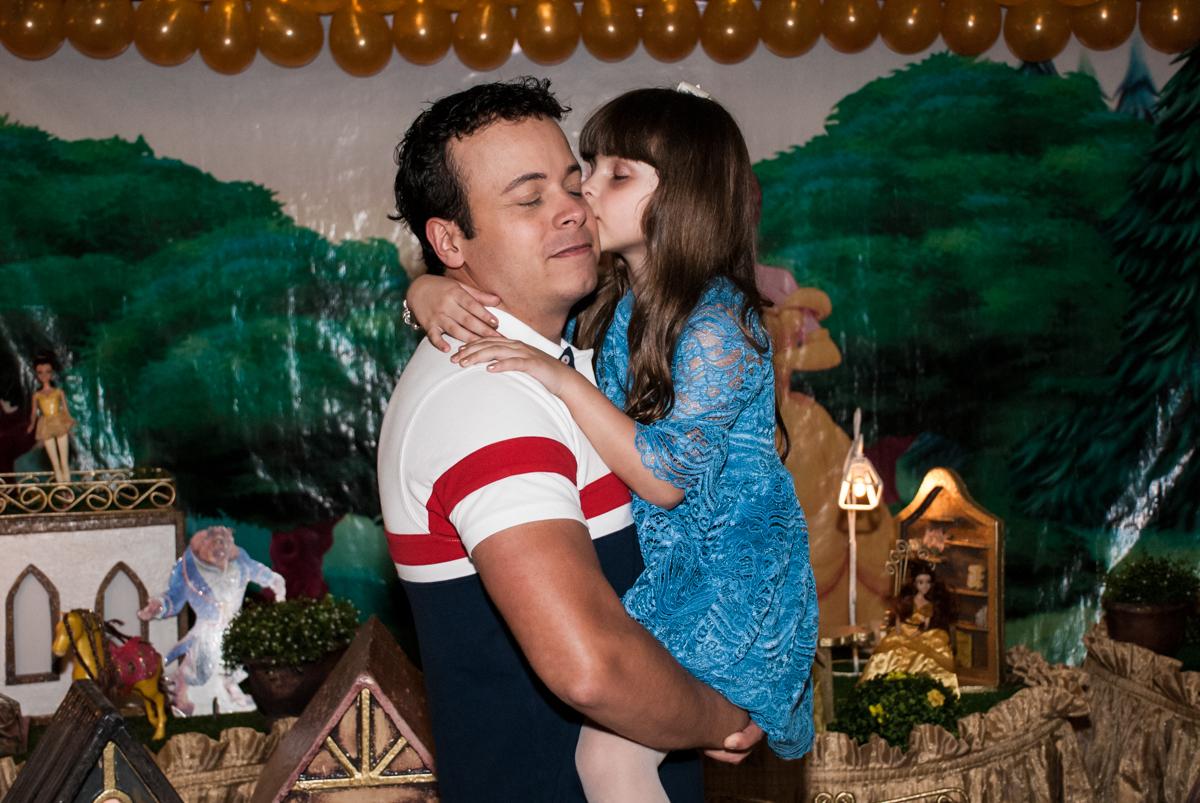 beijo gostoso no papai