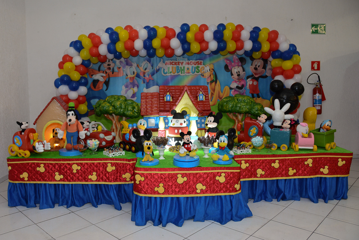 mesa do mickey no Buffet Fábrica da Alegria, Morumbi