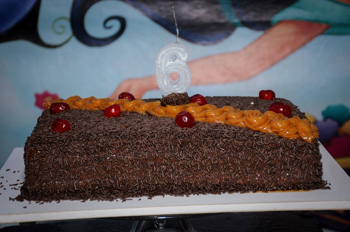 bolo de aniversário no Buffet Infantil Ra Tim Boom, Saude, São Paulo