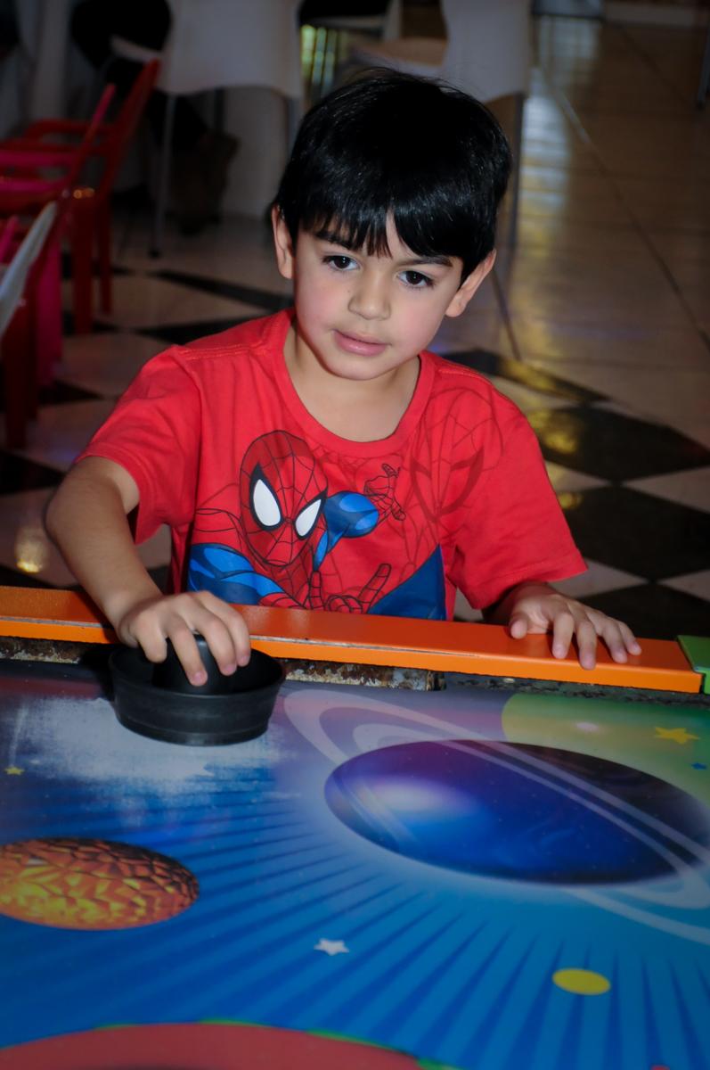 mais jogo de com disco no Buffet Infantil Amazing, Alphaville, São Paulo