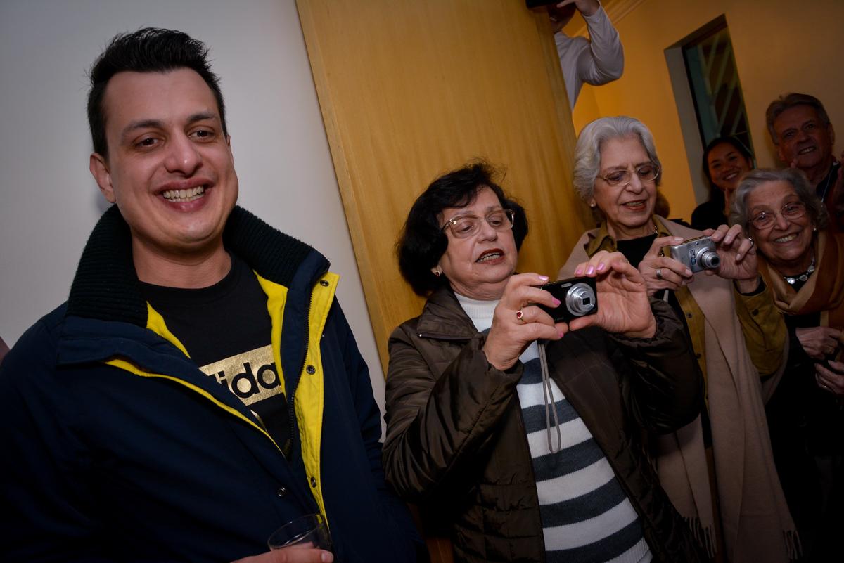 mais fotos tiradas de celular na festa de aniversário no  no condomínio, São Paulo- SP