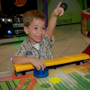 FESTA INFANTIL de Leonardo 6 anos