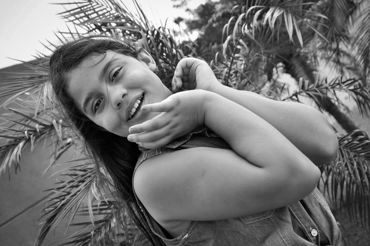 camile aproveita para fazer ensaio fotográfico no Condomínio São Paulo, SP, tema da festa Frozen