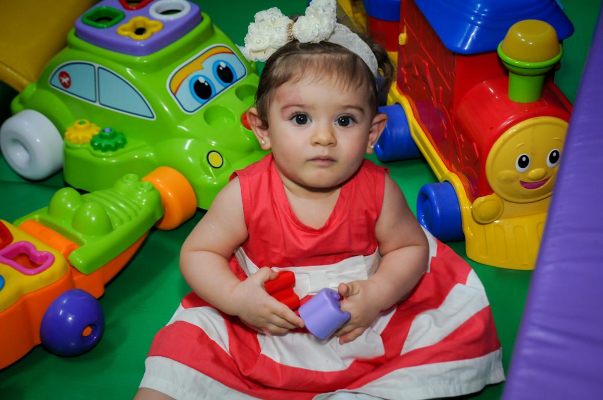 muita bagunça na área baby no Buffet Fábrica da Alegria, Morumbi, SP. festa infantil, Samuel 4 anos, tema Carros