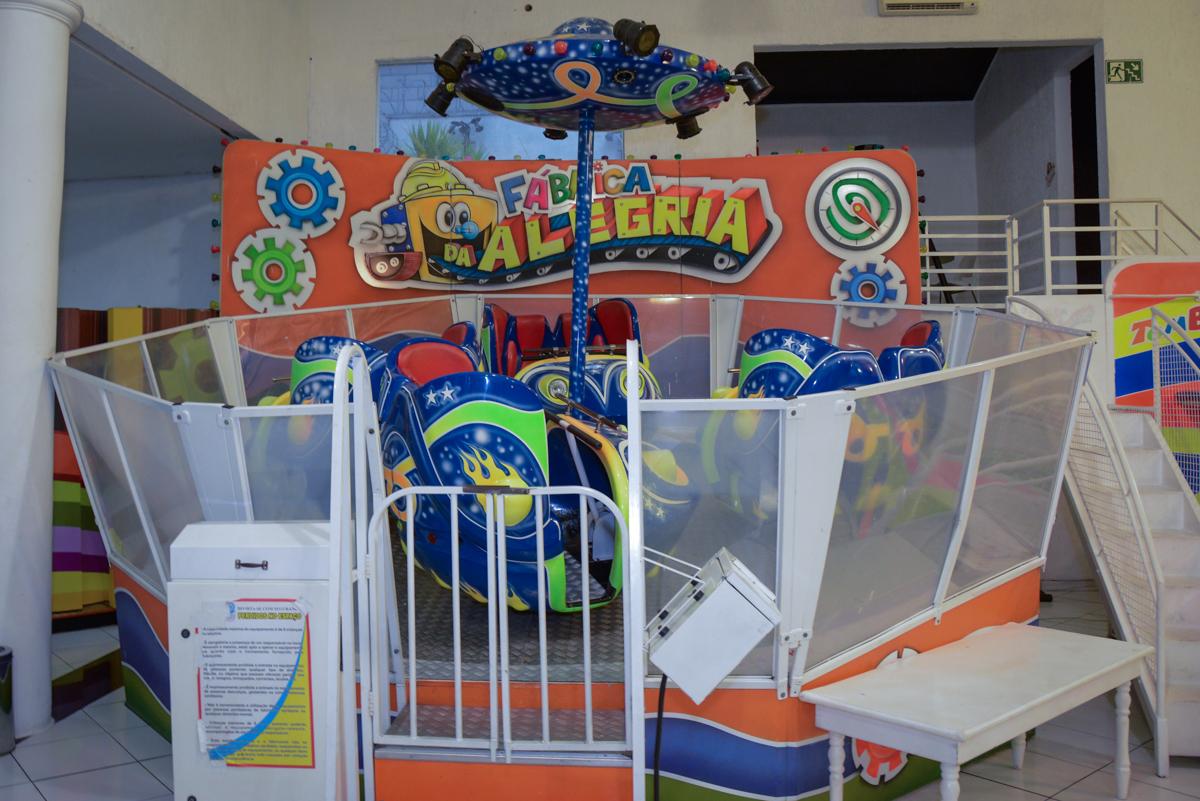 Buffet Fábrica da Alegria Morumbi, São Paulo, tema da festa Super Heróis, João Pedro 3 anos