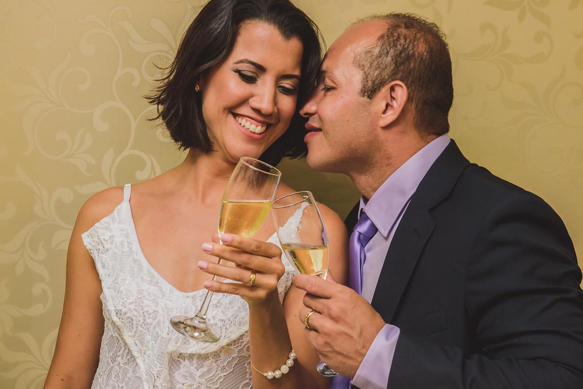 brinde dos noivos e agora casados