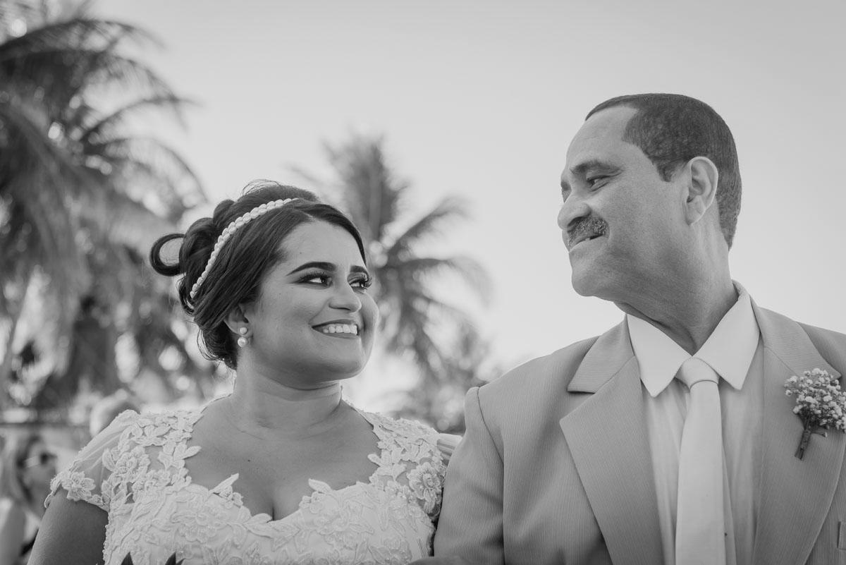 noiva e seu pai momentos antes da cerimonia