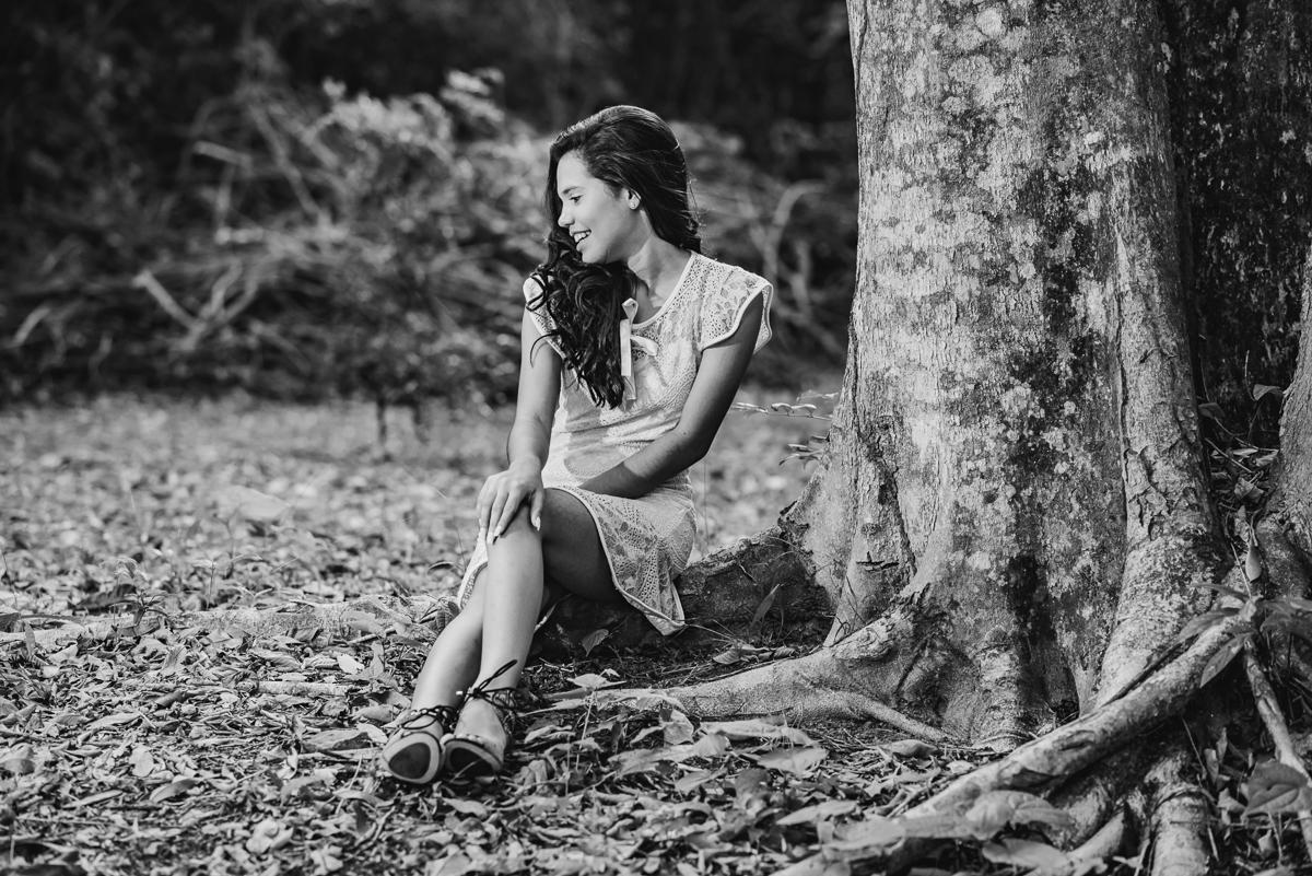 fotografia de book em preto e branco