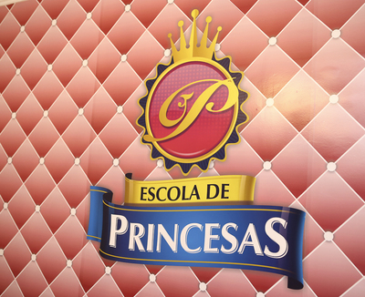 Inauguração Escola de Princesas