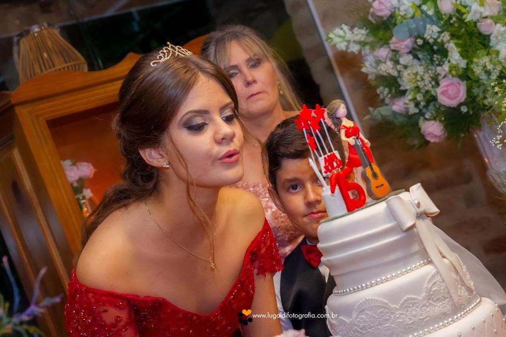 Foto de Ana Julia 15 anos