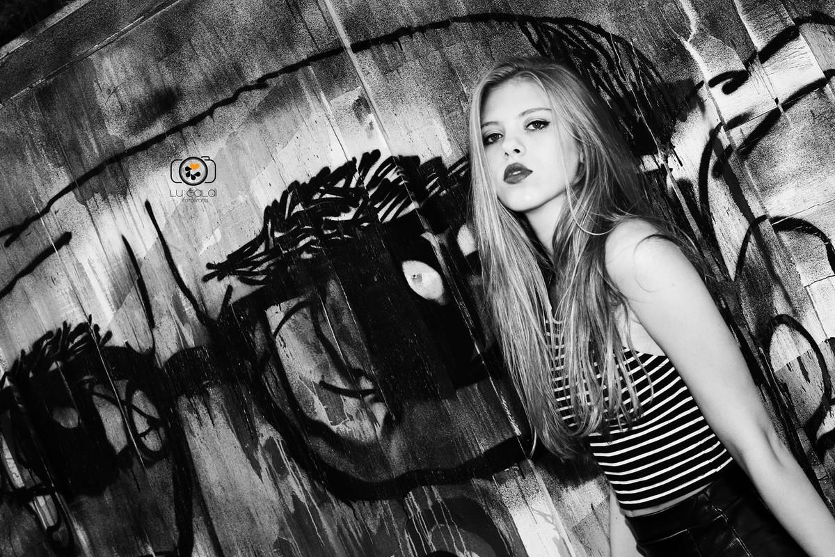 Fotos tiradas por Lu Galdi Fotografia , na cidade de Piracicaba , Bairro Monte Alegre , Ponto Turistico da cidade , em Ensaio 15 Anos de Heloisa Nicoletti , debutante .