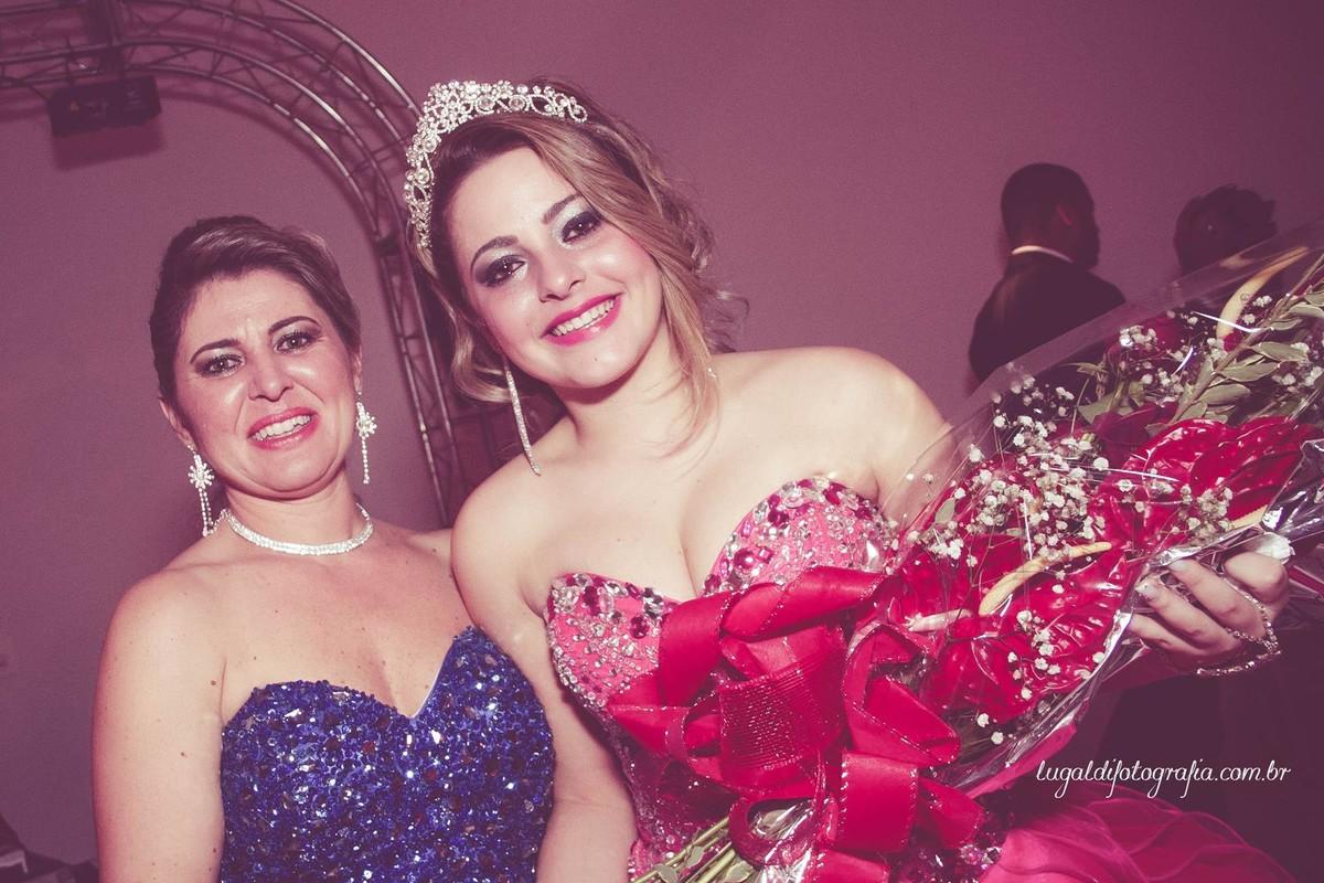 Fotos tiradas por Lu Galdi Fotografia , registrando os 15 anos de Ana Julia Andreolli , na cidade de Piracicaba/SP , no Buffet Celebrare .
