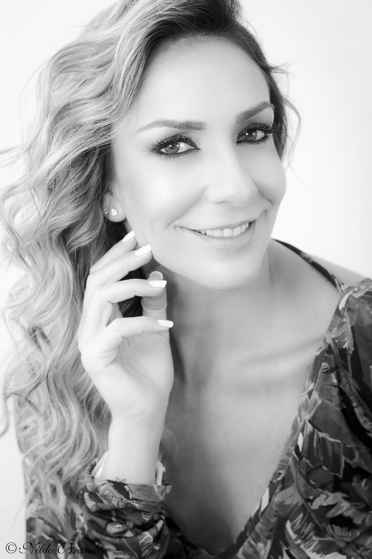 Retrato em preto e branco, Fotografia de moda - Fotos feitas para o Estilista Vinicius Caspar, em seu ateliê em Moema, modelo Marianna Dib