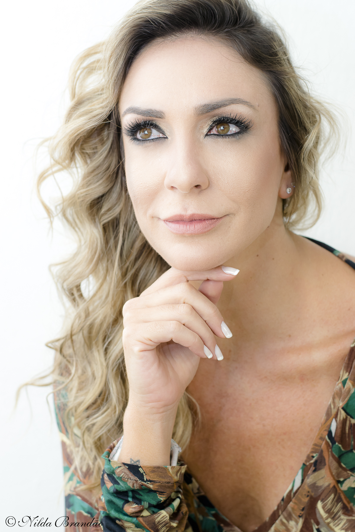 Retrato - Fotografia de moda - Fotos feitas para o Estilista Vinicius Caspar, em seu ateliê em Moema, modelo Marianna Dib