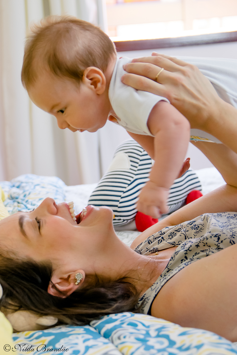 Quer coisa mais bonita que uma mãe com seu bebê? fotografias life style são otimas para relembrar os primeiros meses do bebê