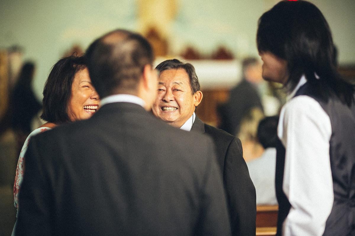 japoneses rindo em casamento