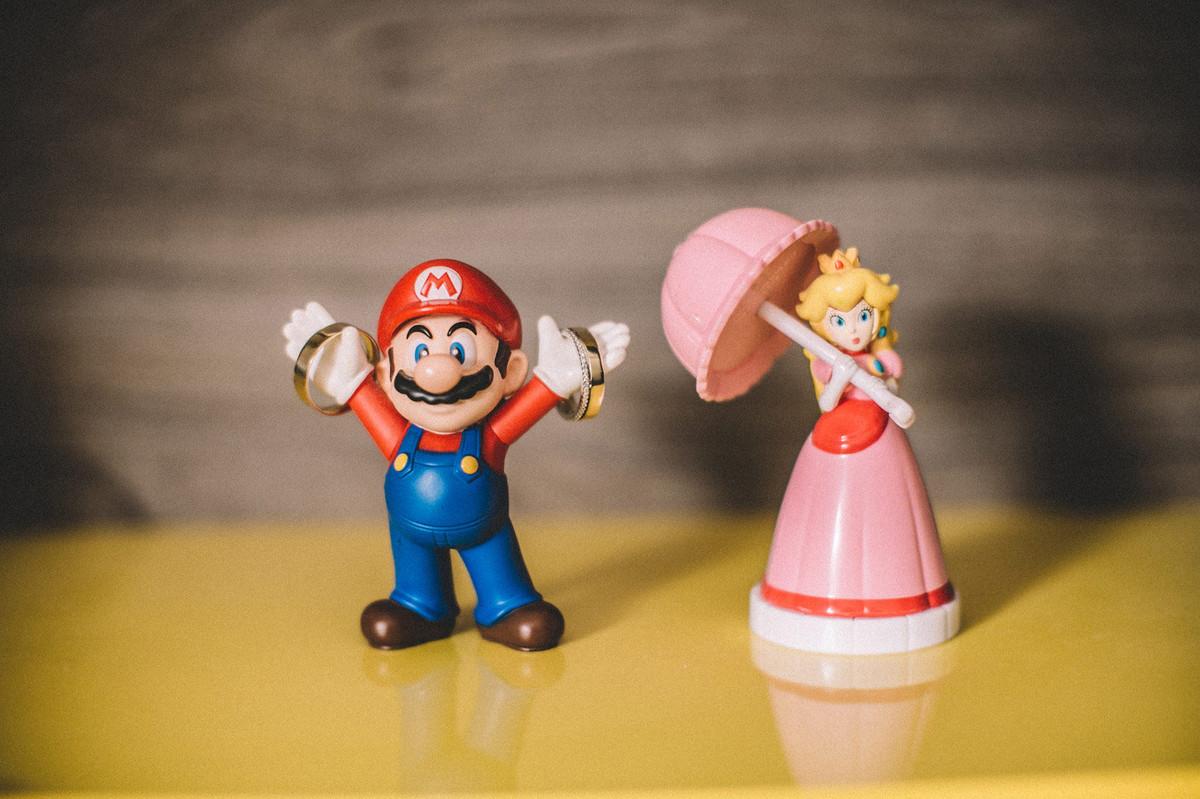 Alianças de noivos com mario bros