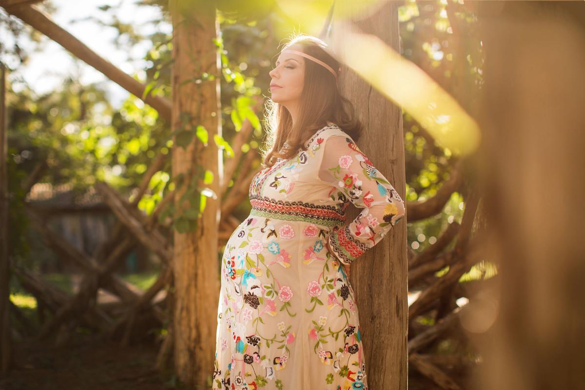 Ensaio de grávida na temática mundo Terra do Nunca feito pelo fotógrafo Rafael Ohana em Brasiilia-DF Tigrinha