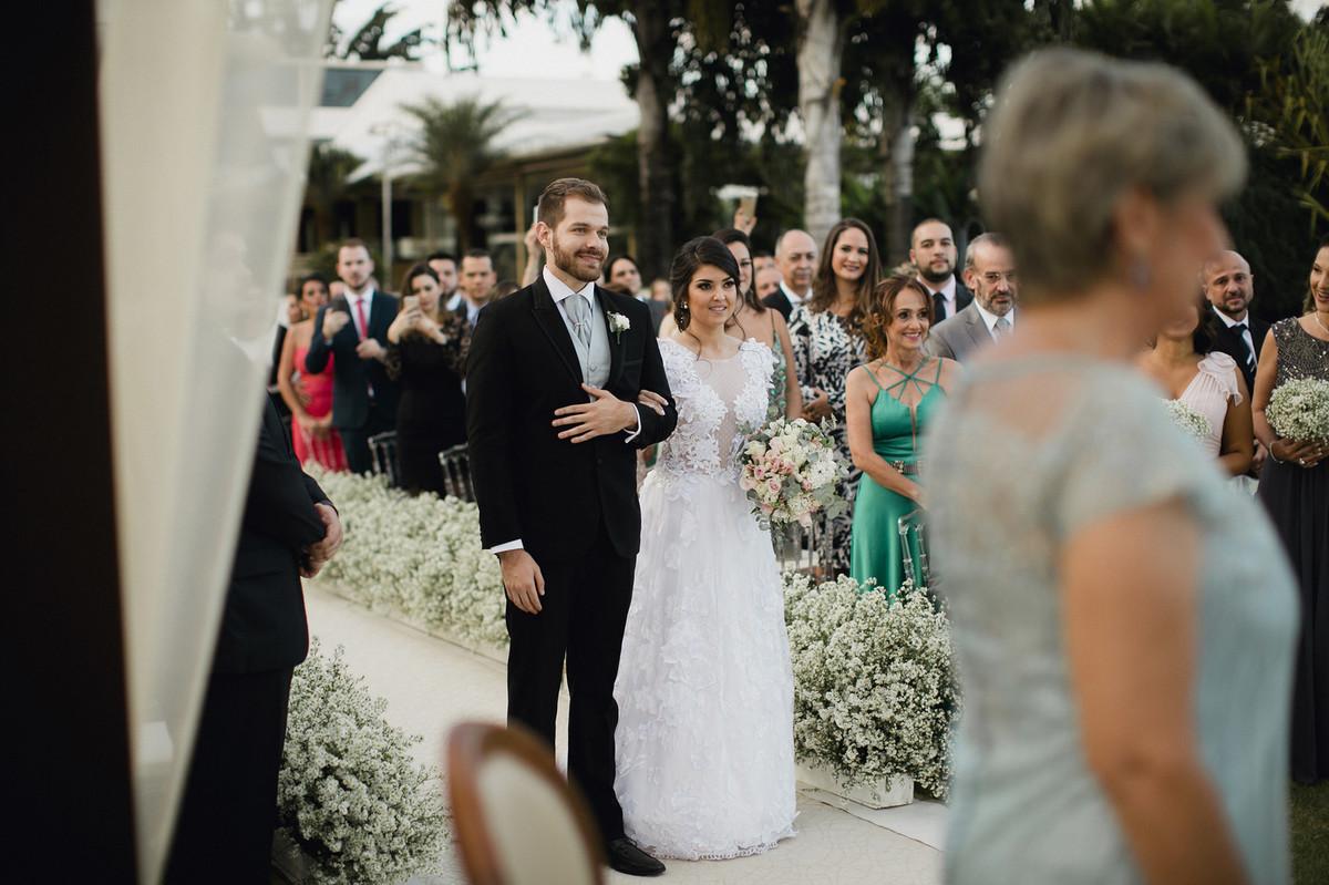 Noivos casando no Porto Vittoria em Brasília-DF