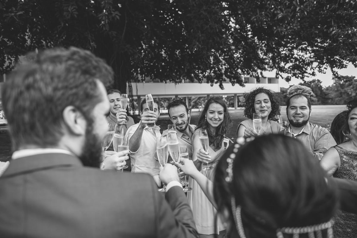 Recepção de casamento mini wedding do casamento da Luciana e do Adriano no Brasília Palace em Brasília e fotografado pelo fotógrafo de Casamento Rafael Ohana em Brasília-DF