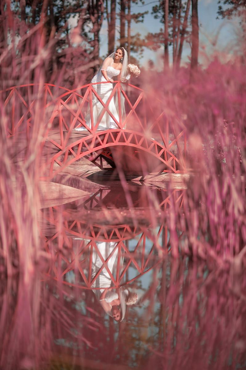 Rafael-Ohana-fotógrafo-de-casamento-em-Brasília-DF-ensaio-de-noiva-glamour-no-jardim-botânico-de-Brasília-noiva-bride-wedding-casamento-em-Brasília-Casamento em Brasília-beleza-arte-art-mulher-surrealismo-surreal