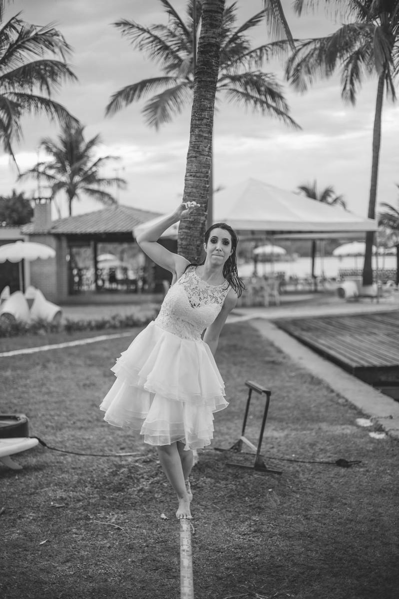 trash-the-dress-da-Flávia-Rafael-Ohana-Fotógrafo-de-casamentos-em-Brasília-wedding-casamento-bodas-ensaio-prévia-de-noiva-SUP-esporte-sports-vestido-de-noiva-sexy-nasty-hot-quente-linda-sensual