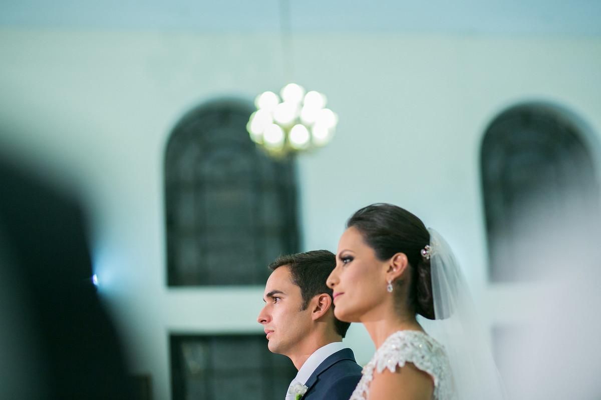 casamento feito em igreja pelo fotógrafo de casamento Rafael Ohana em Brasília-DF