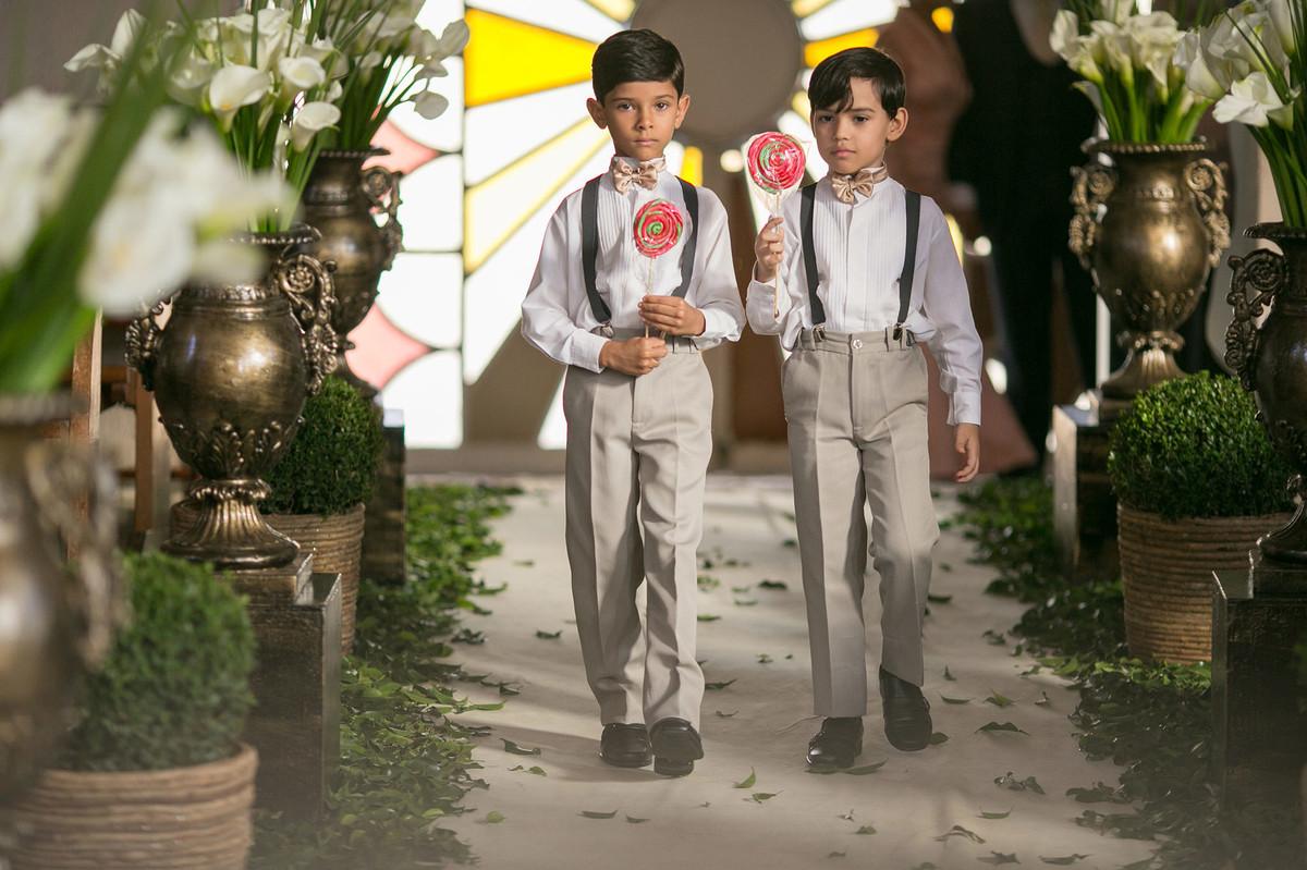 meninos com pirulitos www.rafaelohana.com