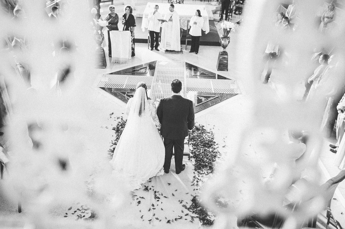 casamento em igreja  www.rafaelohana.com