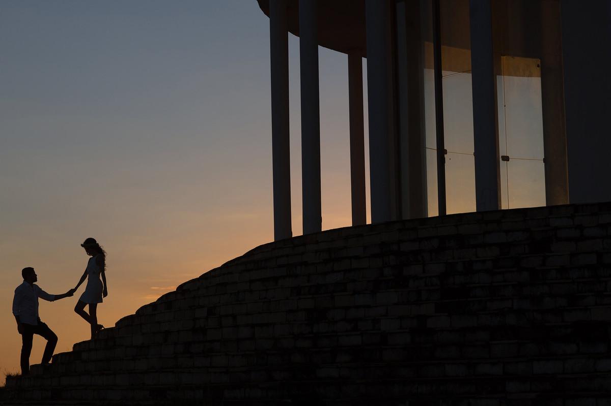 Silhuetas.Ensaio de casal feito pelo fotografo de casamento Rafael Ohana em Brasilia-DF