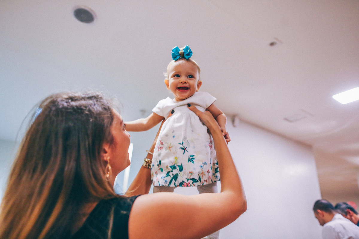 Festa de um ano fotografada pelo fotógrafo de festa infantil Rafael Ohana em Espaço Mari Ferola em  Brasília-DF