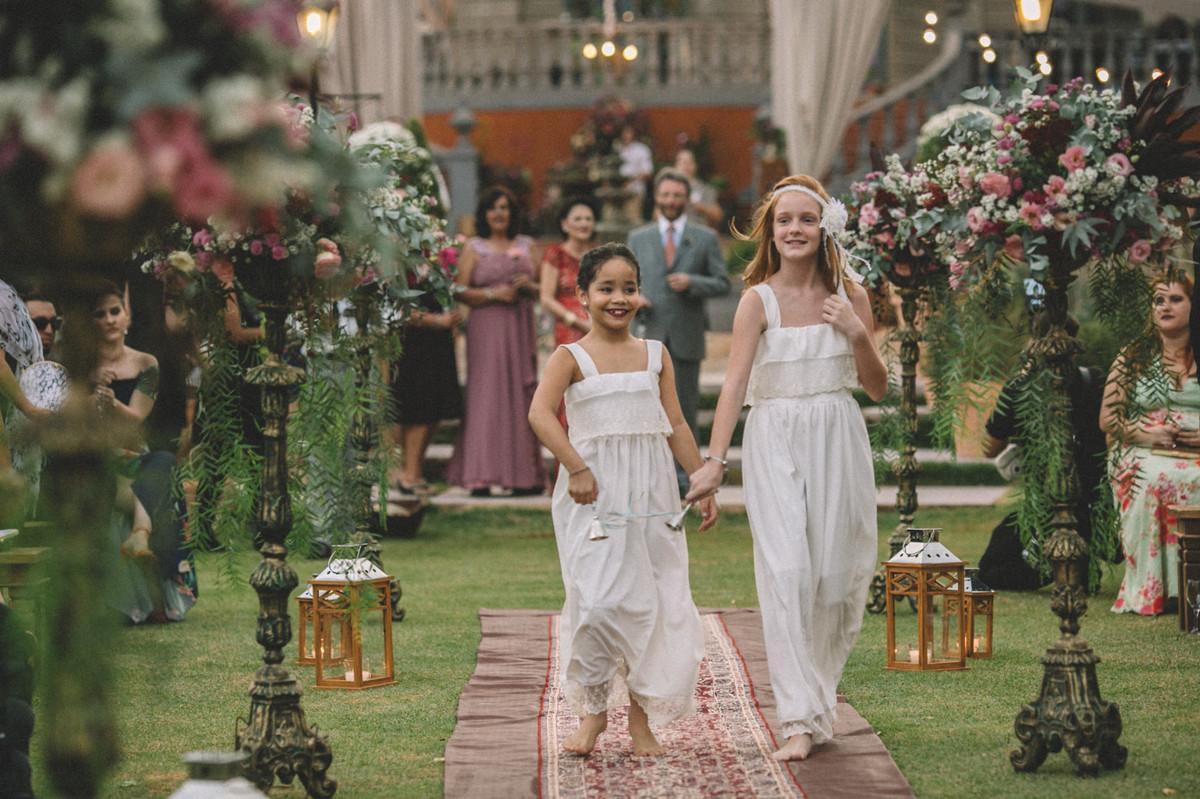 Daminhas no casamento da Luciana e do Erick no Villa Giardini em Brasília-DF