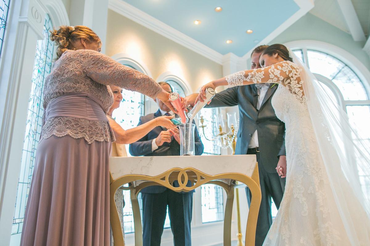 Cerimonia da areias em Casamento na Disney Wedding Pavillion