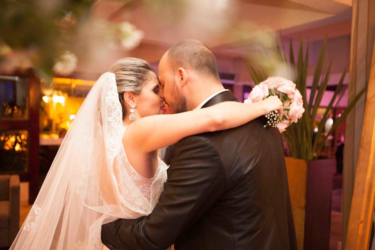 fotografia de casamento, Minas Gerais, noivos, amor, vestido de noiva, noivo, festa